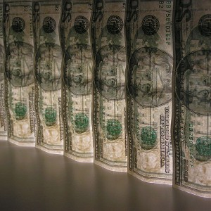 US-Dollars-Photo-by-selbstfotografiert-300x300