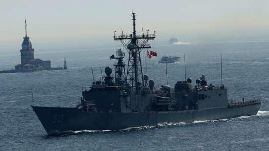 us-warship-troops-europe.si