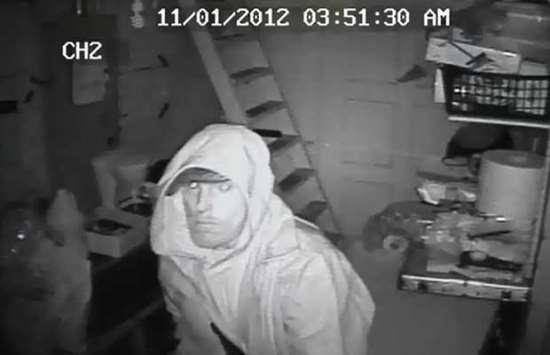 Burglar_InHouse