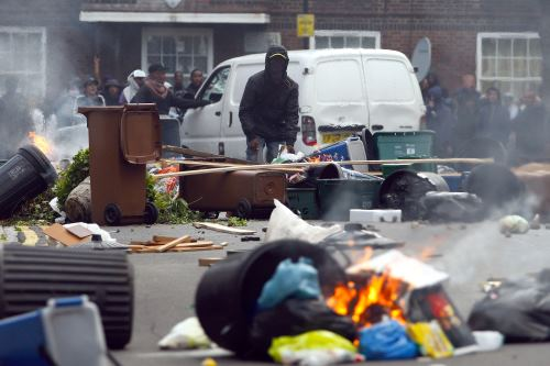 Riots-And-Looting-Con1