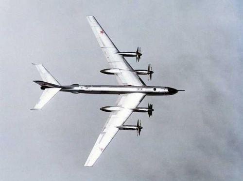 soviet-bear-plane-tu-95-4