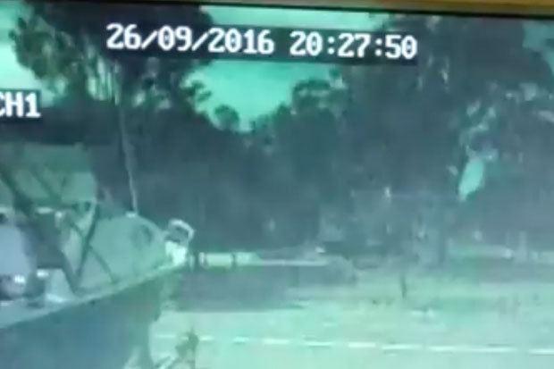 Meteor SLAMS into Australia