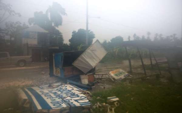 110399101-hurricane-leogane-news-large_transzgekzx3m936n5bqk4va8rwtt0gk_6efzt336f62ei5u